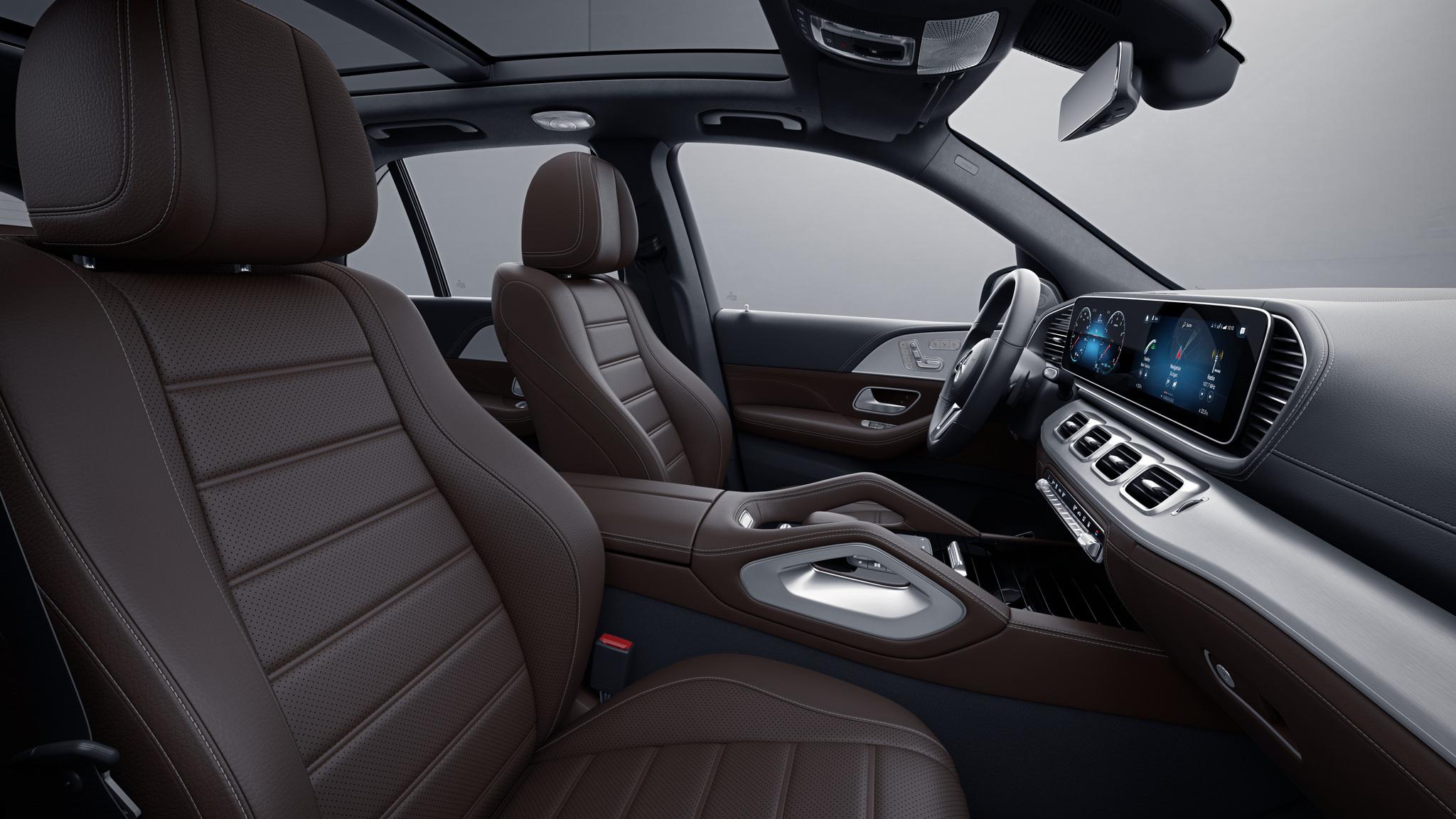 Habitacle de la Mercedes GLE -  Sellerie  Cuir Rough  cuir marron expresso noir