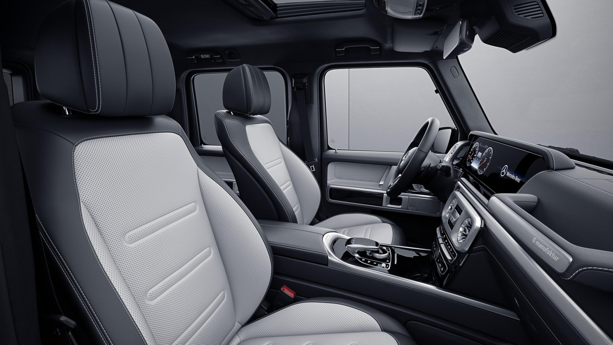 Habitacle de la Mercedes Classe G, Cuir Nappa bicolore G manufaktur - Blanc platine noir
