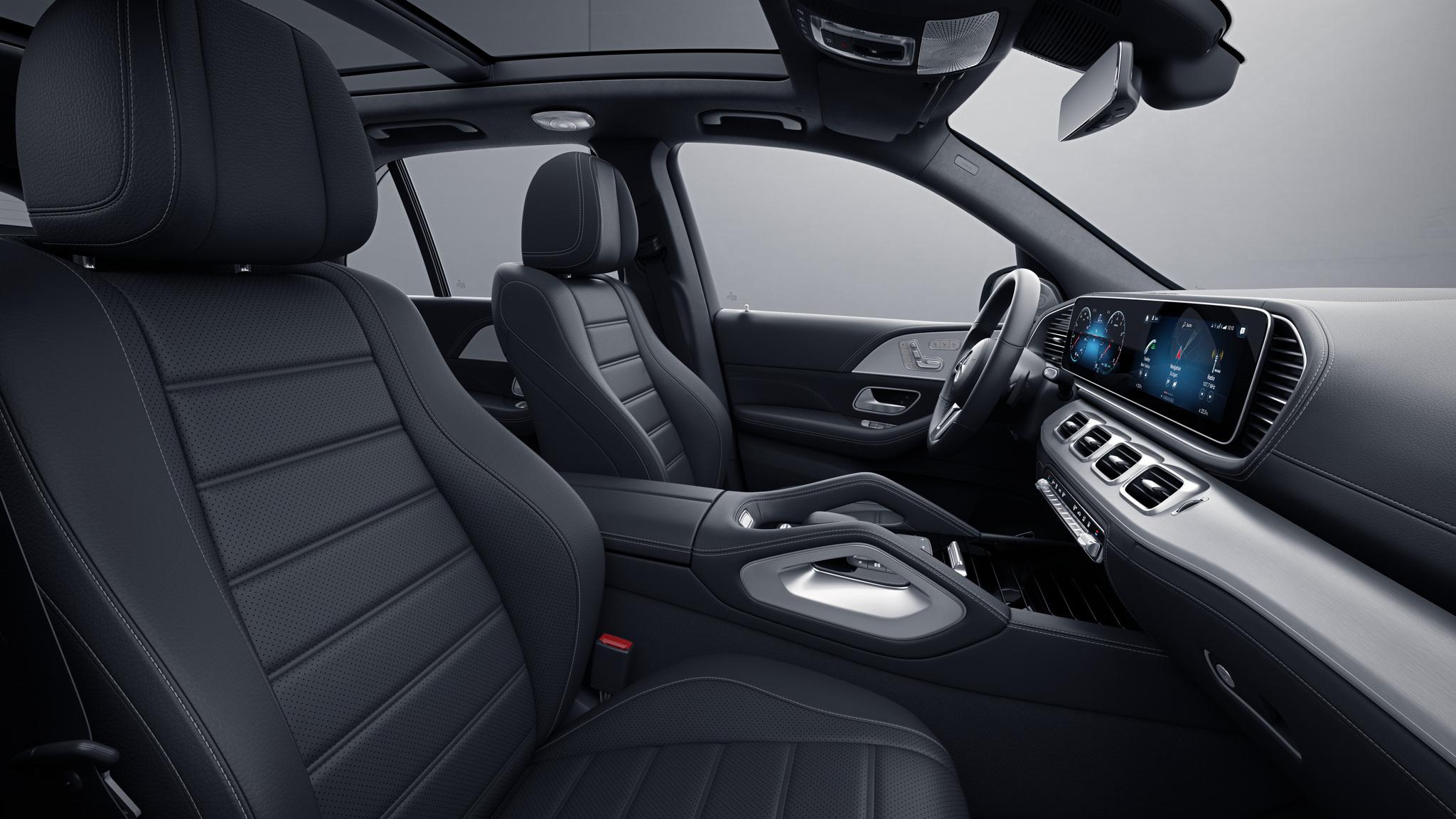 Habitacle de la Mercedes GLE -  Sellerie  Cuir Rough cuir noir