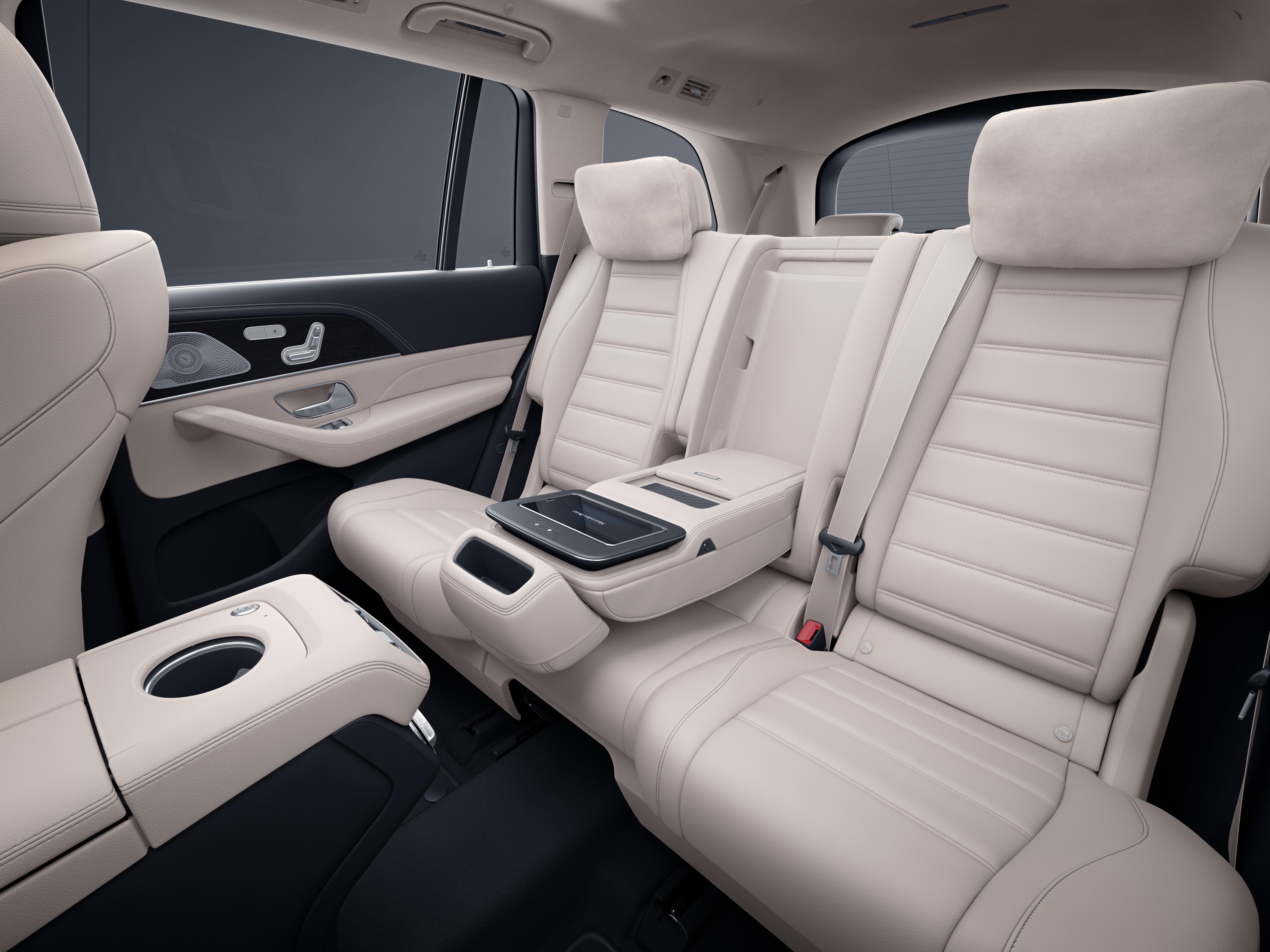 Habitacle arrière avec le Pack Confort Plus de la Mercedes GLS, Finition AMG Line Plus