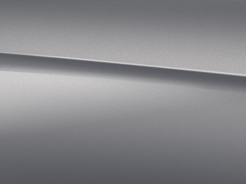 Vue de trois quarts de profil de la Mercedes-Benz Classe G avec la peinture Métallisé - Argent Mojave