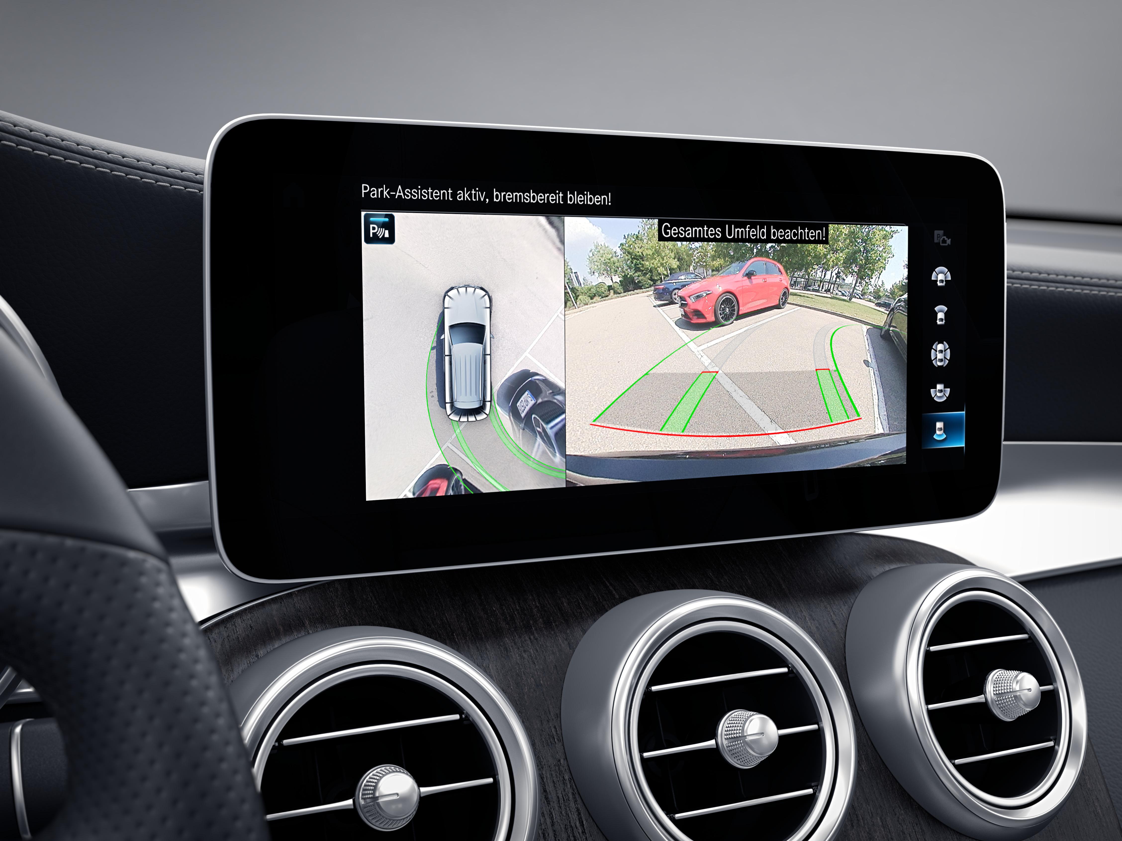 Ecran tactile de la Mercedes GLC Finition 4 Matic AMG Line Plus