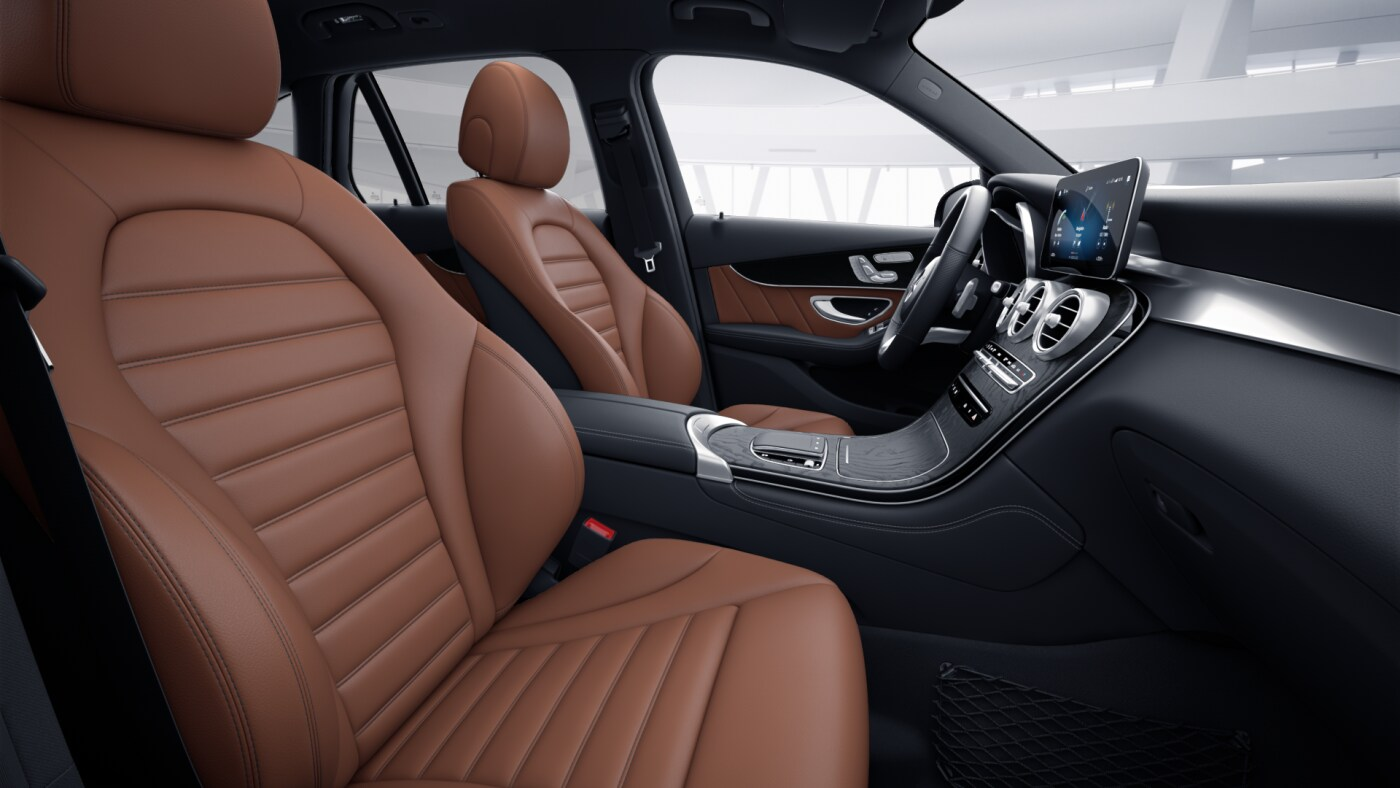 Intérieur de la Mercedes-Benz Classe GLC 4 Matic AMG Line Plus