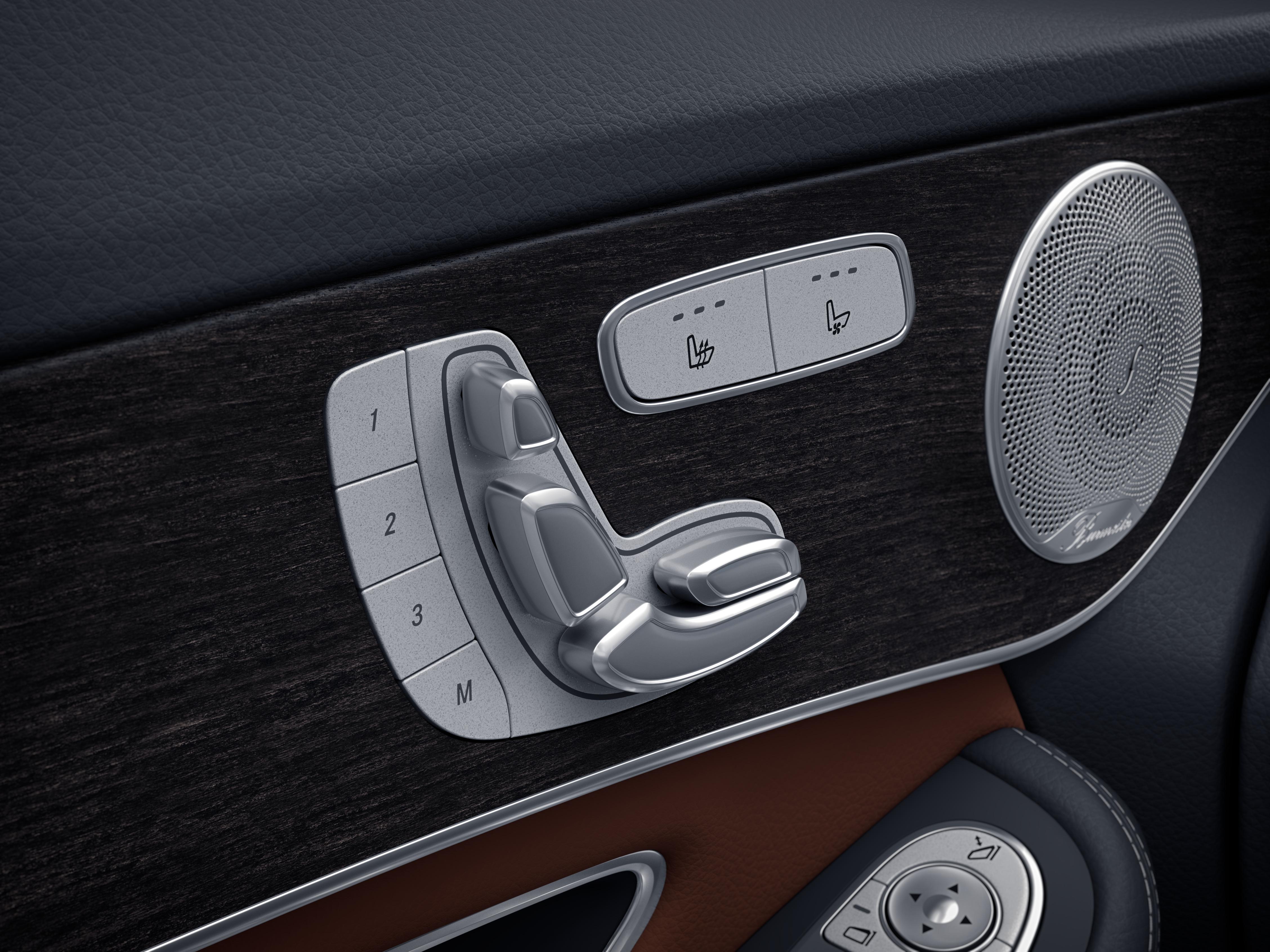 Poignée de porte intérieure de la Mercedes GLC Coupé - Finition AMG Line