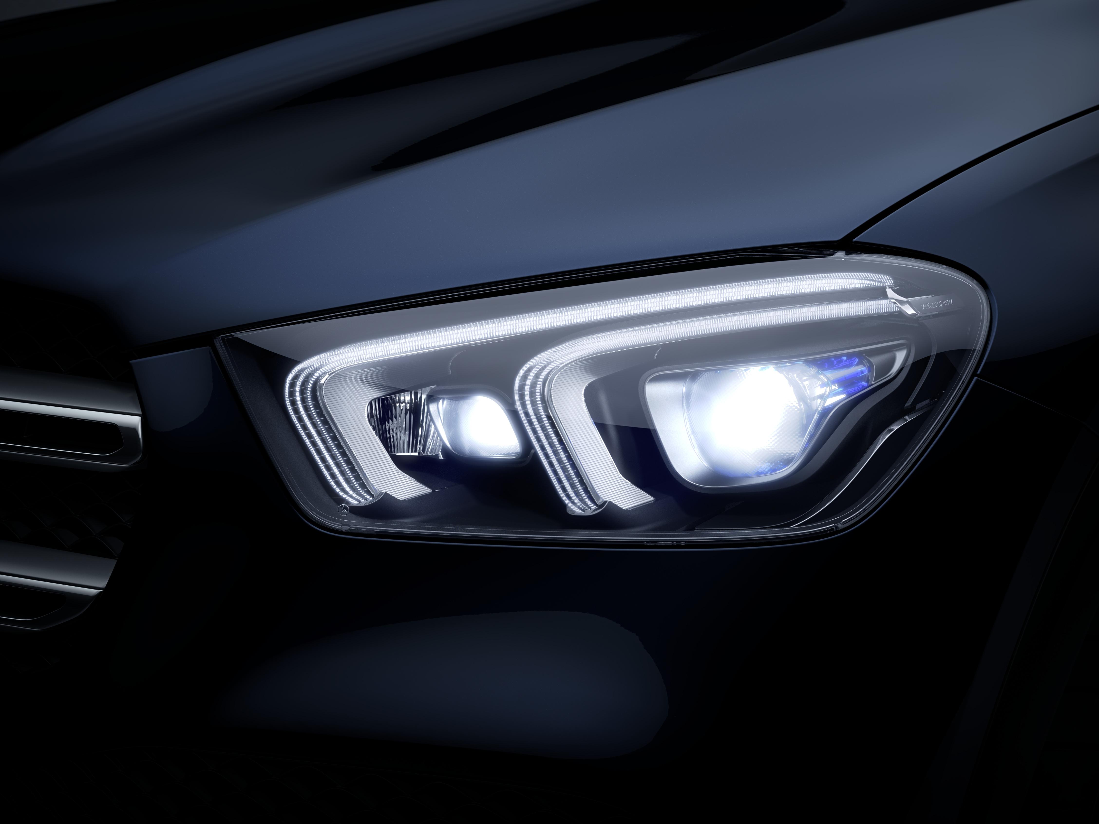 Phares de la Mercedes GLE Finition AMG Line
