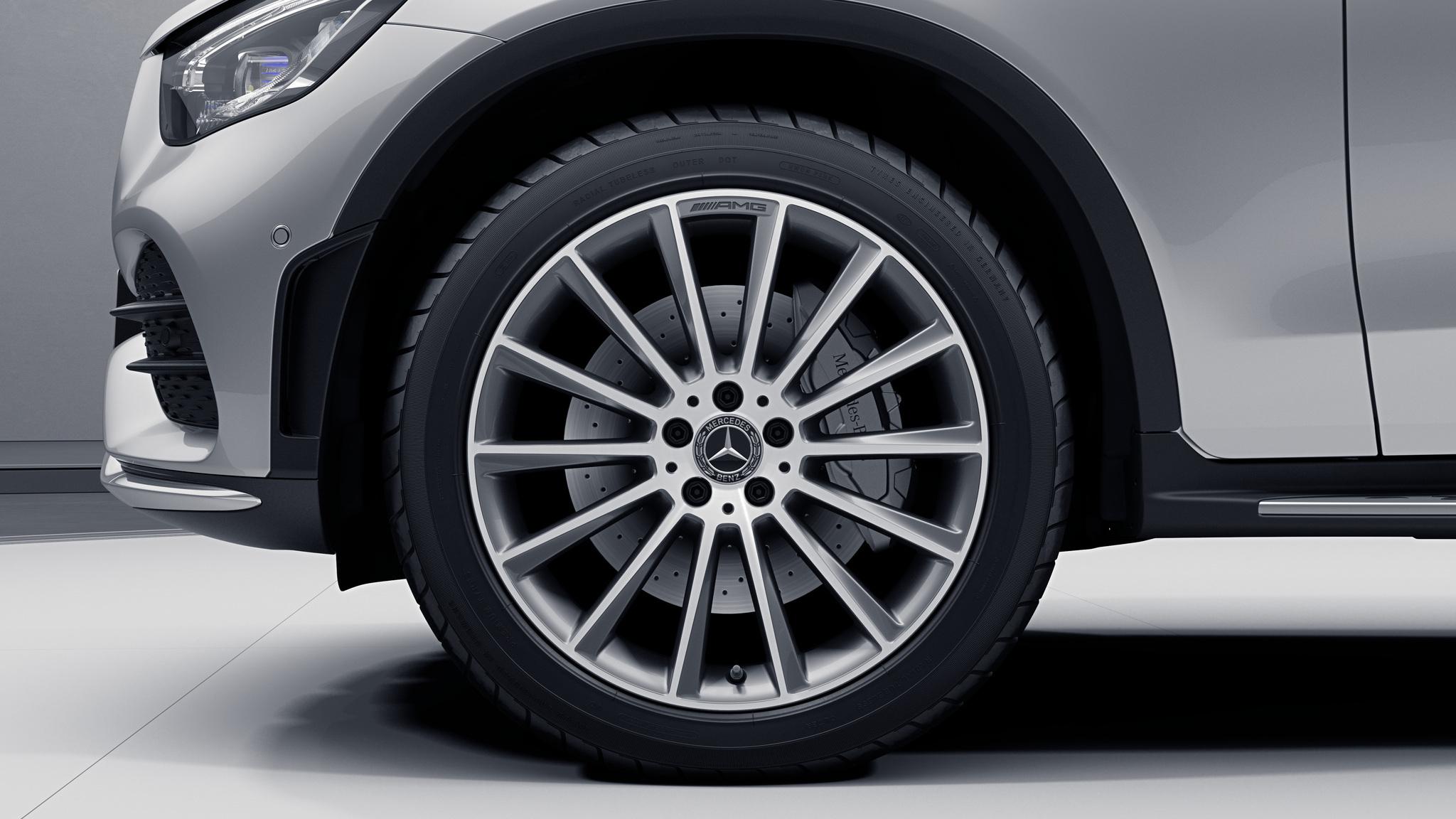 Jantes de la Mercedes-Benz GLC Coupé Finition AMG Line Plus