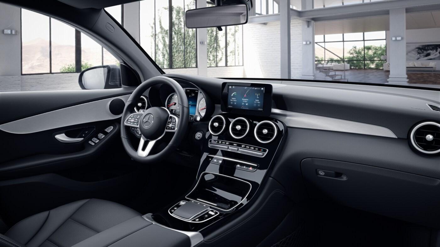 Habitacle noir de la Mercedes GLC Coupé - Finition Avantgarde