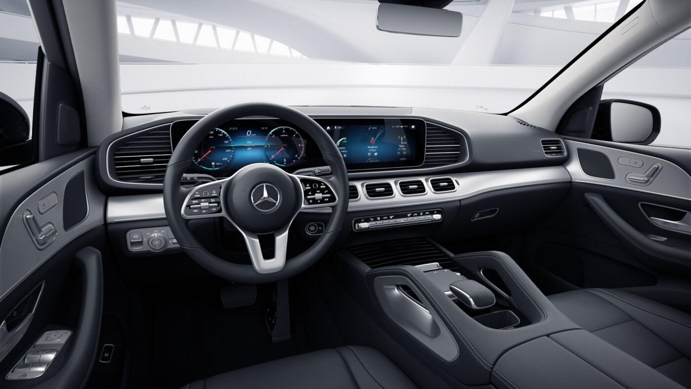 Poste de conduite de la Mercedes GLE Avantgarde avec vue sur l'écran tactile, sellerie et console centrale