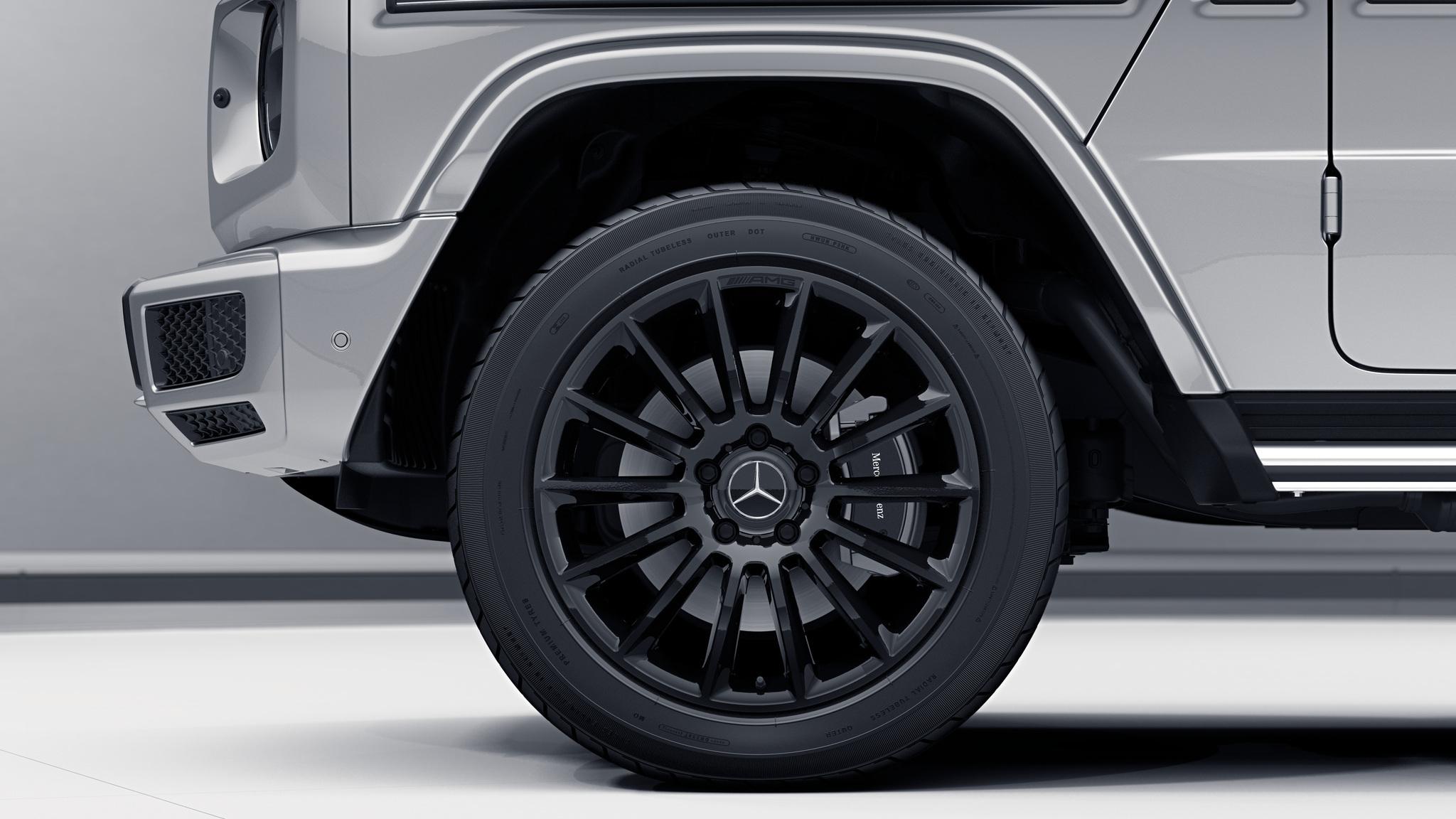 Jantes AMG 20 multibranches noirs de la Mercedes-Benz Classe G