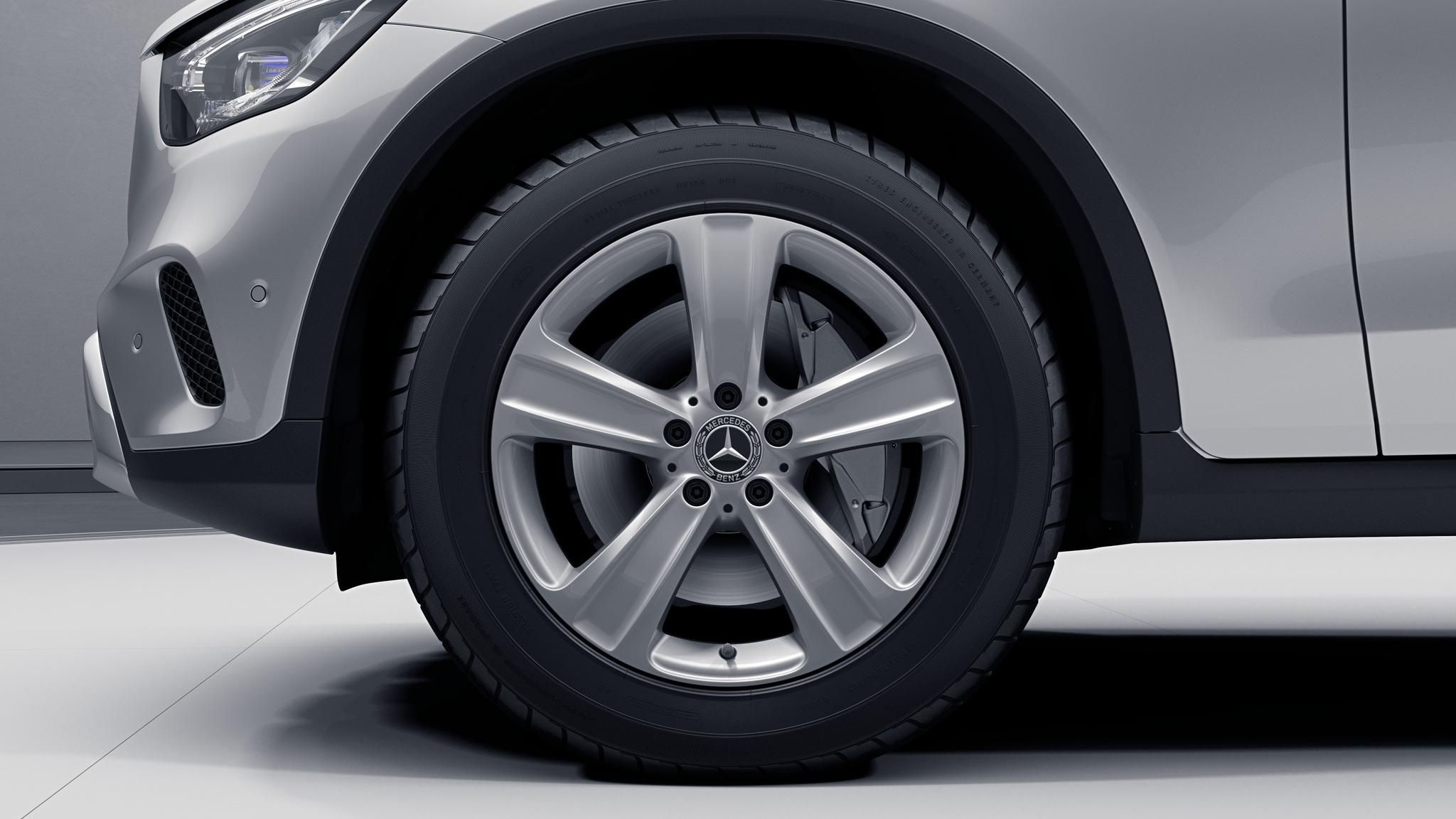 """Jantes 18"""" à 5 doubles branches de la Mercedes-Benz GLC"""