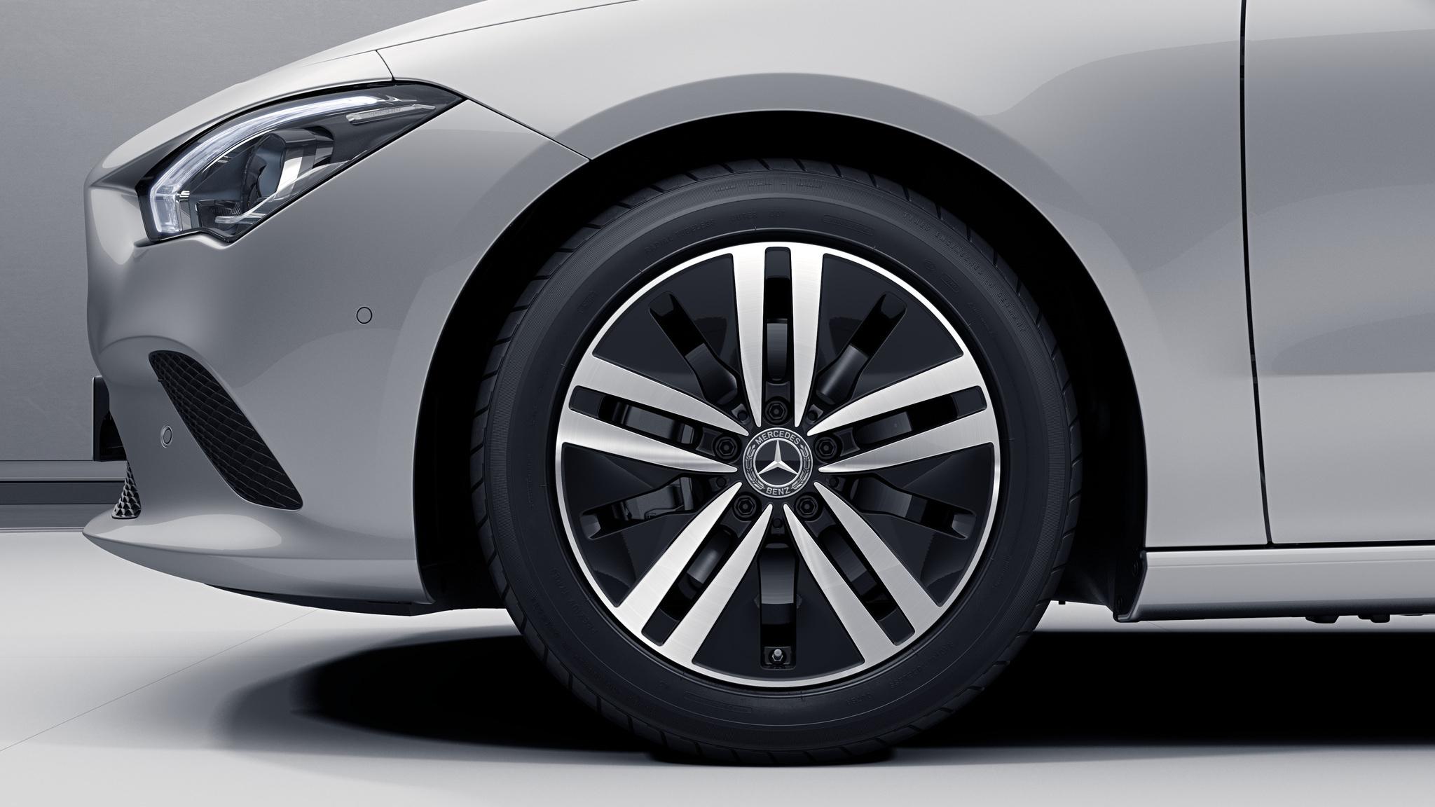 """Jantes 17"""" à 5 DOUBLES branches de la Mercedes-Benz CLA"""