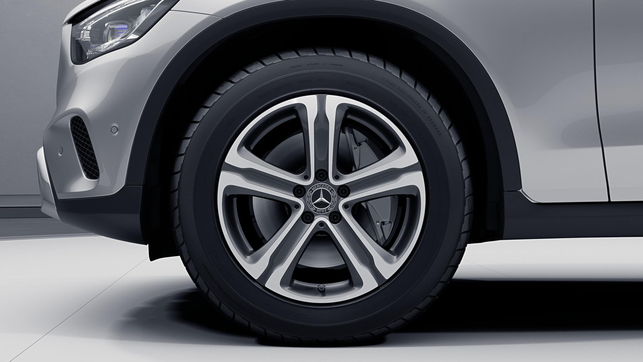 """Jantes 18"""" à 5 branches de la Mercedes-Benz GLC"""