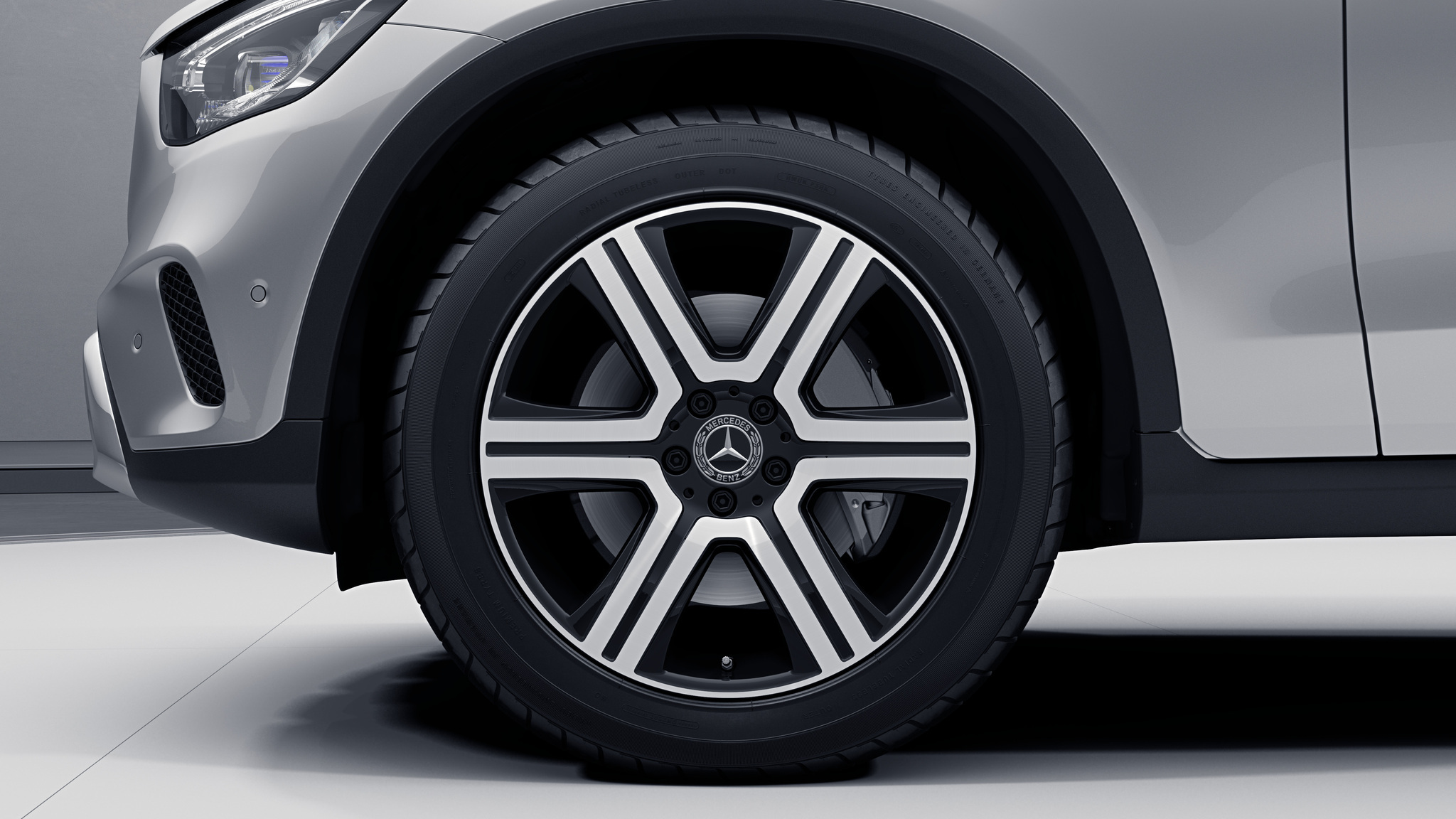 """Jantes 19"""" à 6 branches de la Mercedes-Benz GLC"""