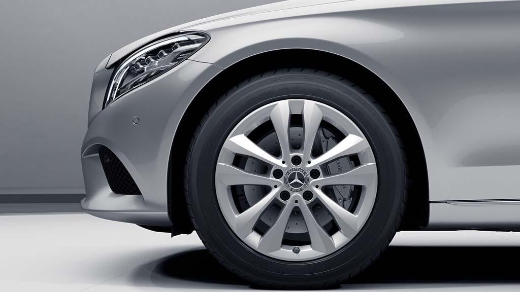 Jantes de la Mercedes-Benz Classe C Berline Finition Avantgarde plus
