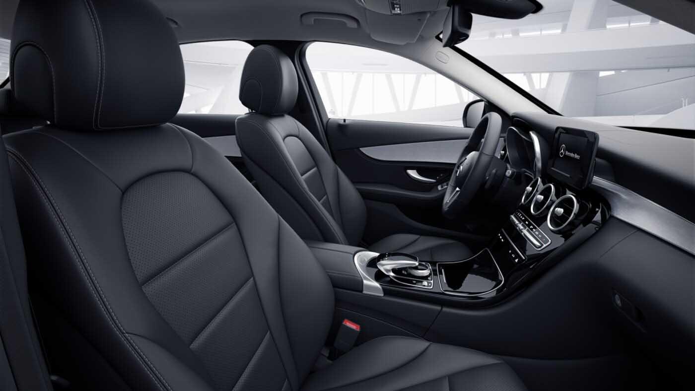 Intérieur de la Mercedes Classe C berline Finition Avantgarde