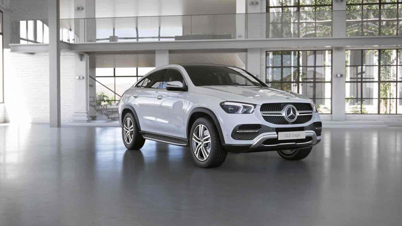 Mercedes Benz GLE Coupé - Finition Luxury - Vue de trois quarts de profil en arrêt