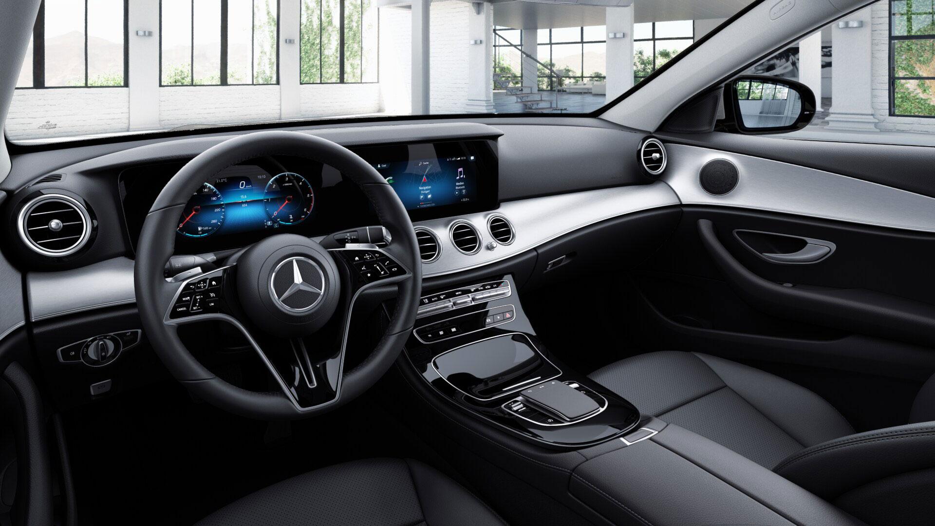 Bas de la console centrale de la Mercedes-Benz Classe E Berline Business