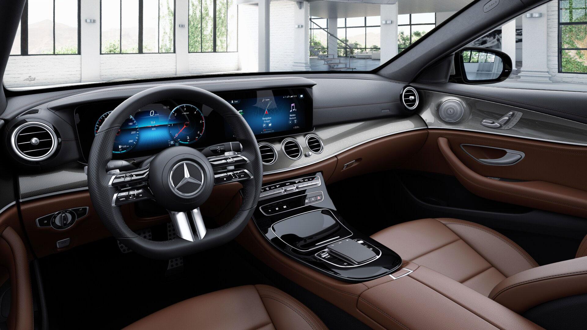 Phares de la Mercedes Benz Classe E Berline Grise Finition AMG Line