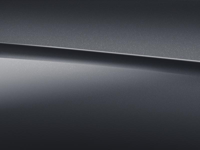 Vue de trois quarts de profil de la Mercedes-Benz Classe S Limousine avec la peinture Métallisé - Bleu Cavansite