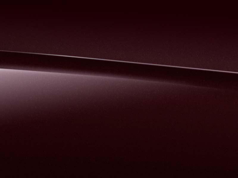 Vue de trois quarts de profil de la Mercedes Classe S Limousine avec la peinture Métallisé - Argent Iridium