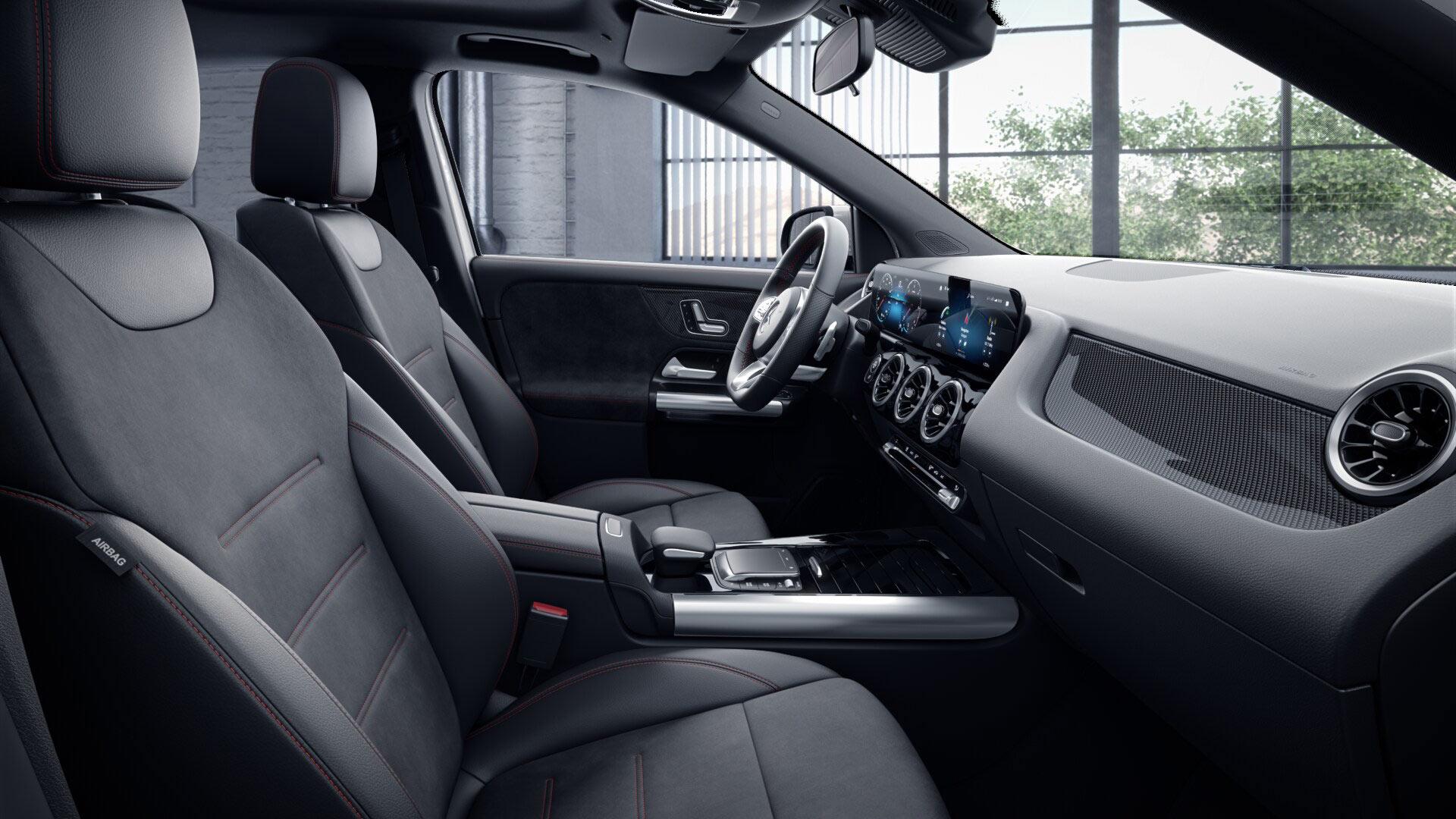 Poste de conduite de la Mercedes GLA AMG Line avec vue sur la console centrale