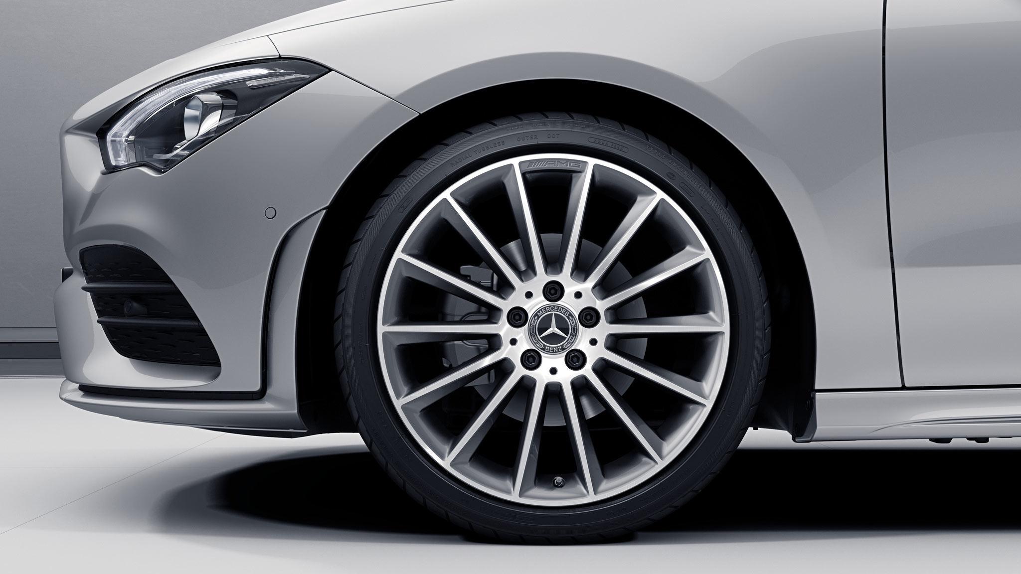 Jantes de la Mercedes-Benz  CLA Finition AMG Line +