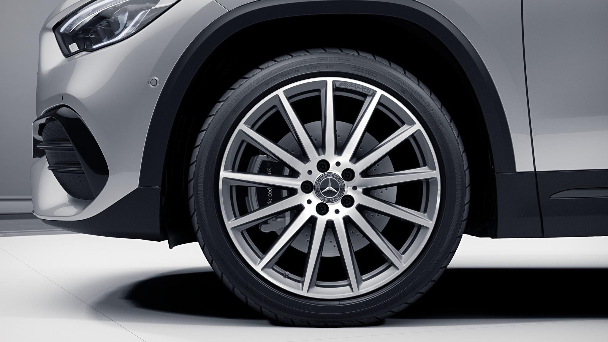 Jantes de la Mercedes-Benz GLA Finition AMG Line plus