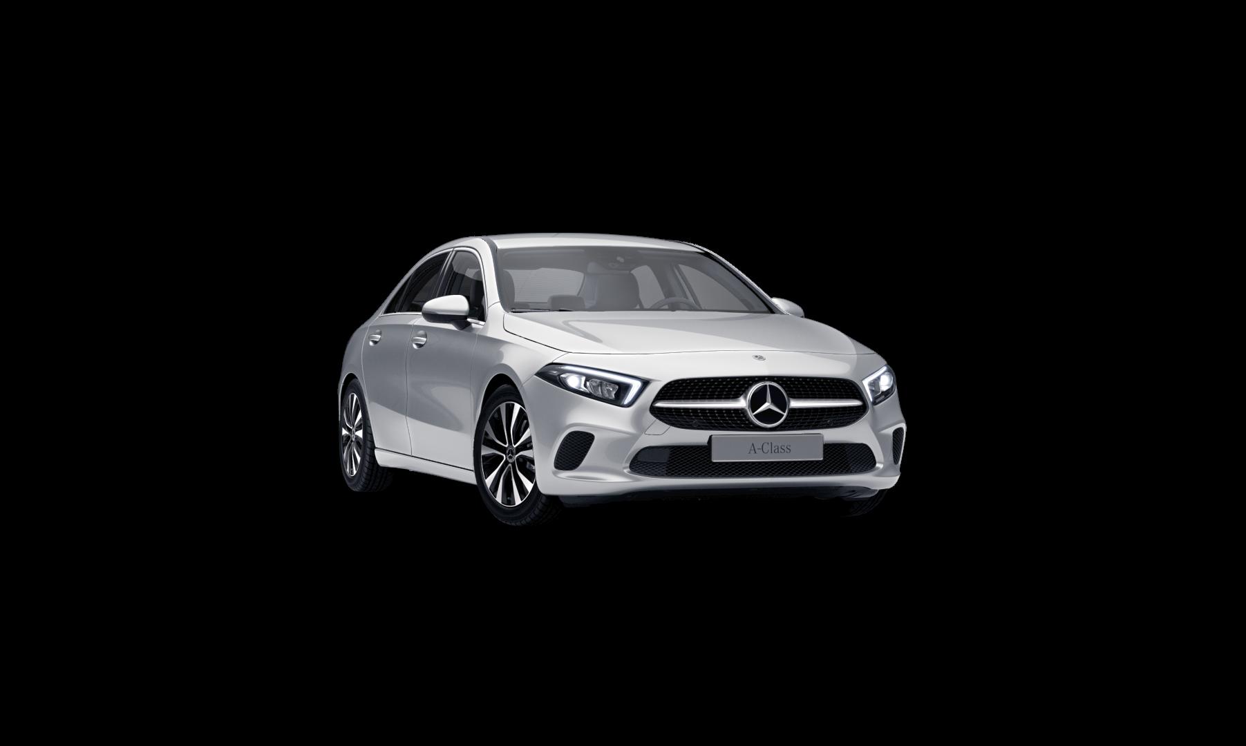 Mercedes Benz Classe A Berline noire Finition Style : Vue de trois quarts de profil à l'arrêt